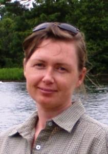 Dr Pearl R. Lewis